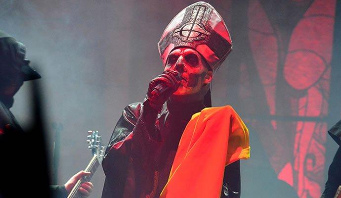 Ghost durante su presentación en Bogotá en 2014 (Por: Felipe Rocha)