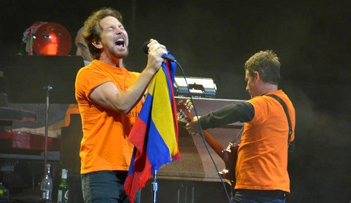 Pearl Jam en su presentación en Bogotá
