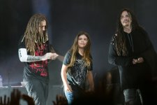 Korn junto a Tye Trujillo en Bogota. Foto: David Micolta