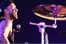 Skampida presenta su nuevo video con imágenes de sus tour por Europa