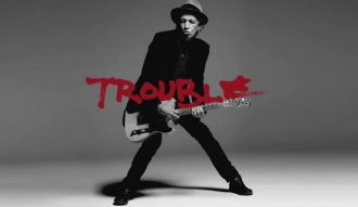 "Keith Richards presenta su nueva canción ""Trouble"""