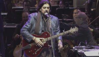 Alan Parsons en su concierto grabado en Medellín