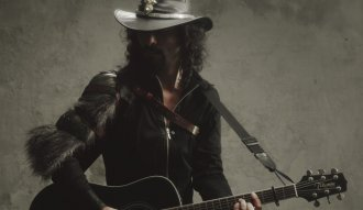 Carlos Reyes presenta el primer sencillo de su nuevo álbum